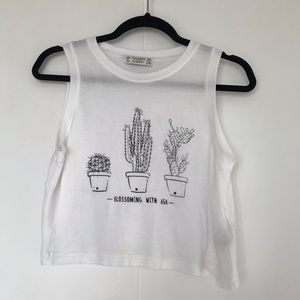 PULL&BEAR | WHITE CROP TOP WITH PLANT GRAPHICS